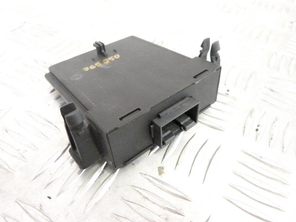 Volkswagen Golf V    org.čis. 1K0907530L gateway     modul riadiaca jednotka gateway