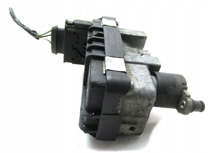 Nastavovač Riadiaca jednotka turba Ford Focus II, C-Max 1.8TDCI, BMW E46 2.0D, Audi A8 D3 4.0TDI, Mercedes 2.2CDI  6NW008412