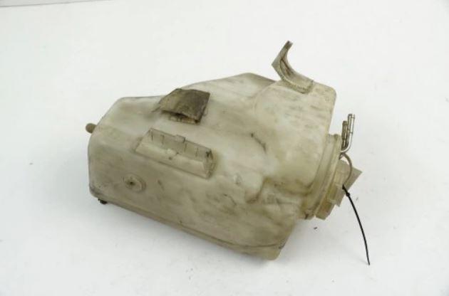 Nádržka ostrekovačov W210  mercedes