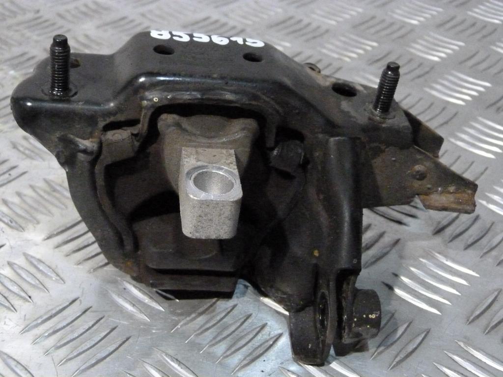 Úchyt, držiak prevodovky horný Škoda Fabia 1.2HTP kód motora AZQ 6q0199555ac