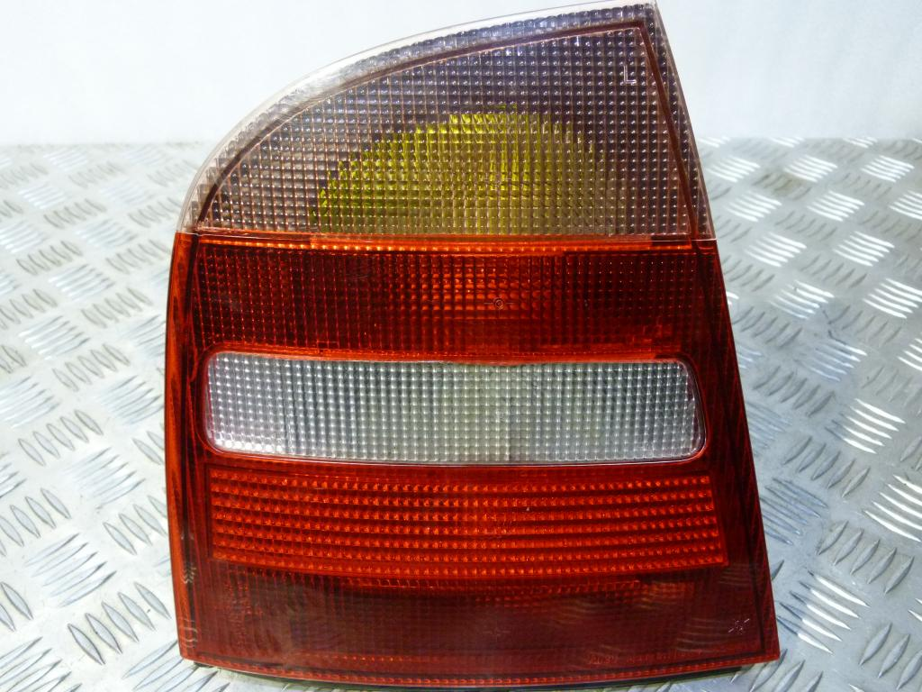 Svetlo zadné ľavé Škoda Octavia I Sedan (HB) r.v. 1996-2000