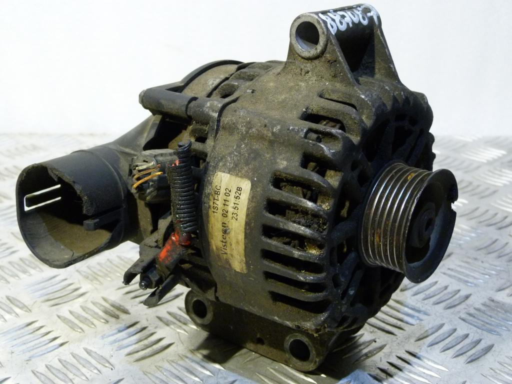 Alternátor Ford Mondeo Mk3 2.0 TDCI  1s7t-bc 021102 (poškodený plastový obal)
