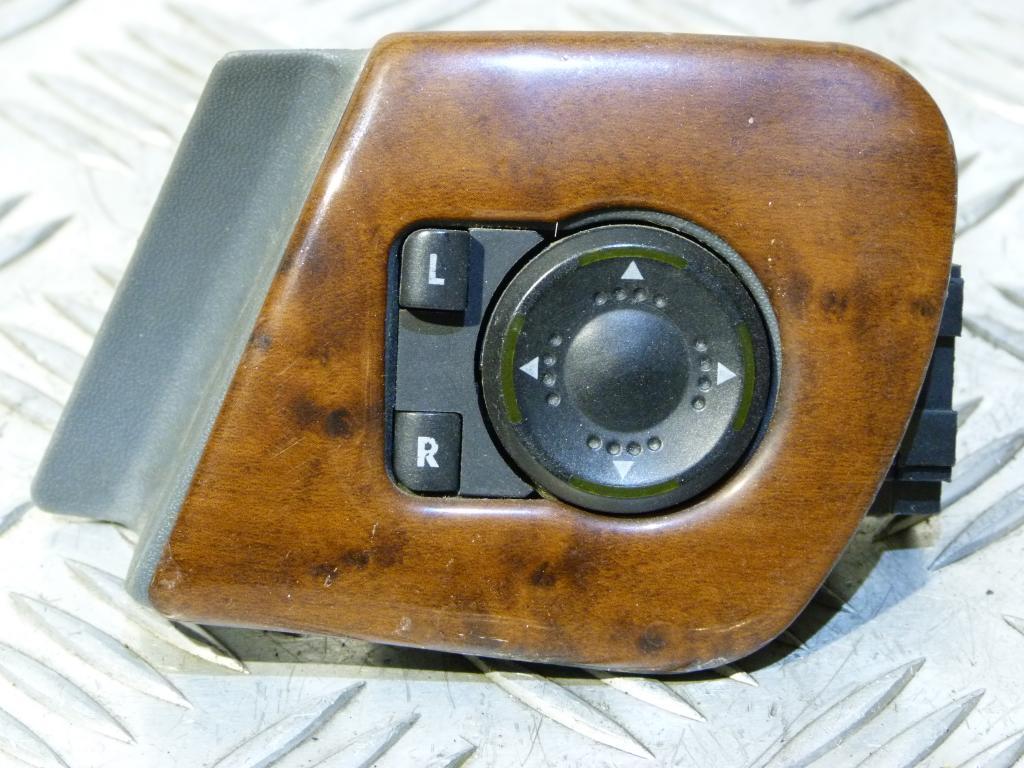 Ovládanie spätných zrkadiel Škoda Octavia I r.v. 1996-2000 1u1959565c