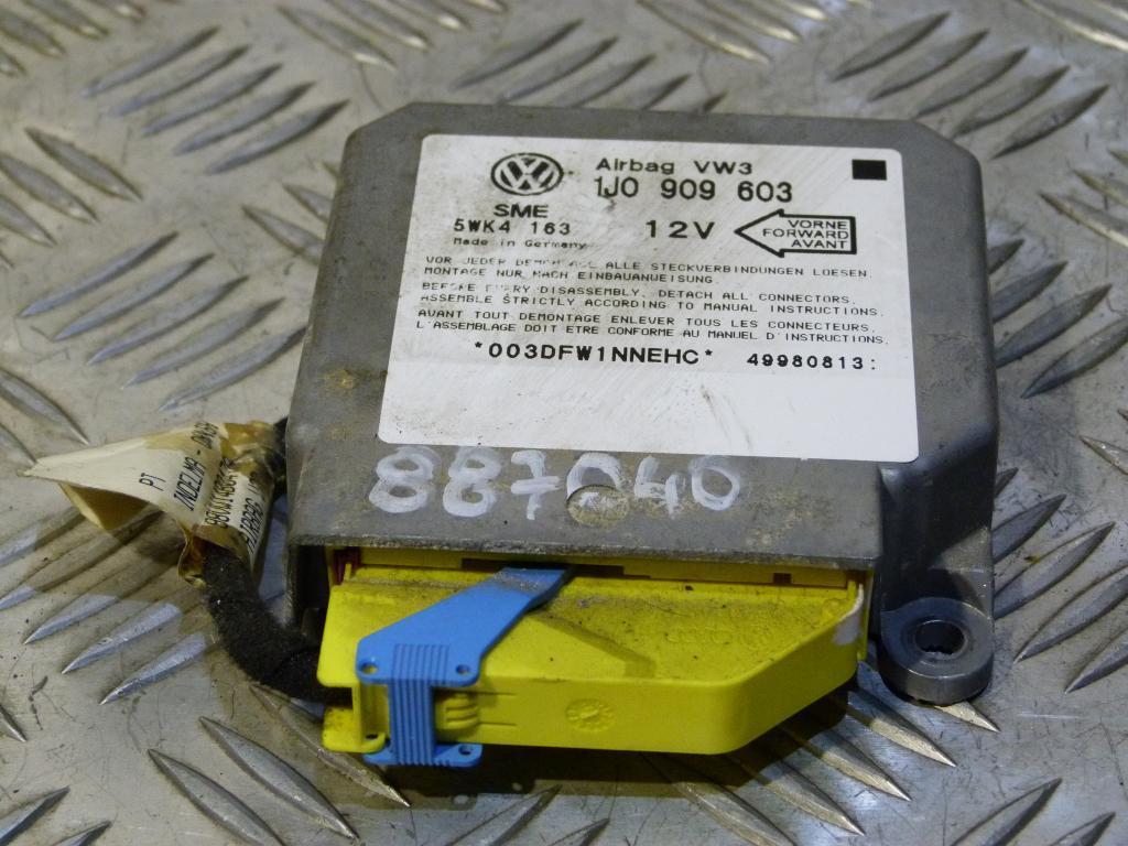 jednotka  airbagov    Audi