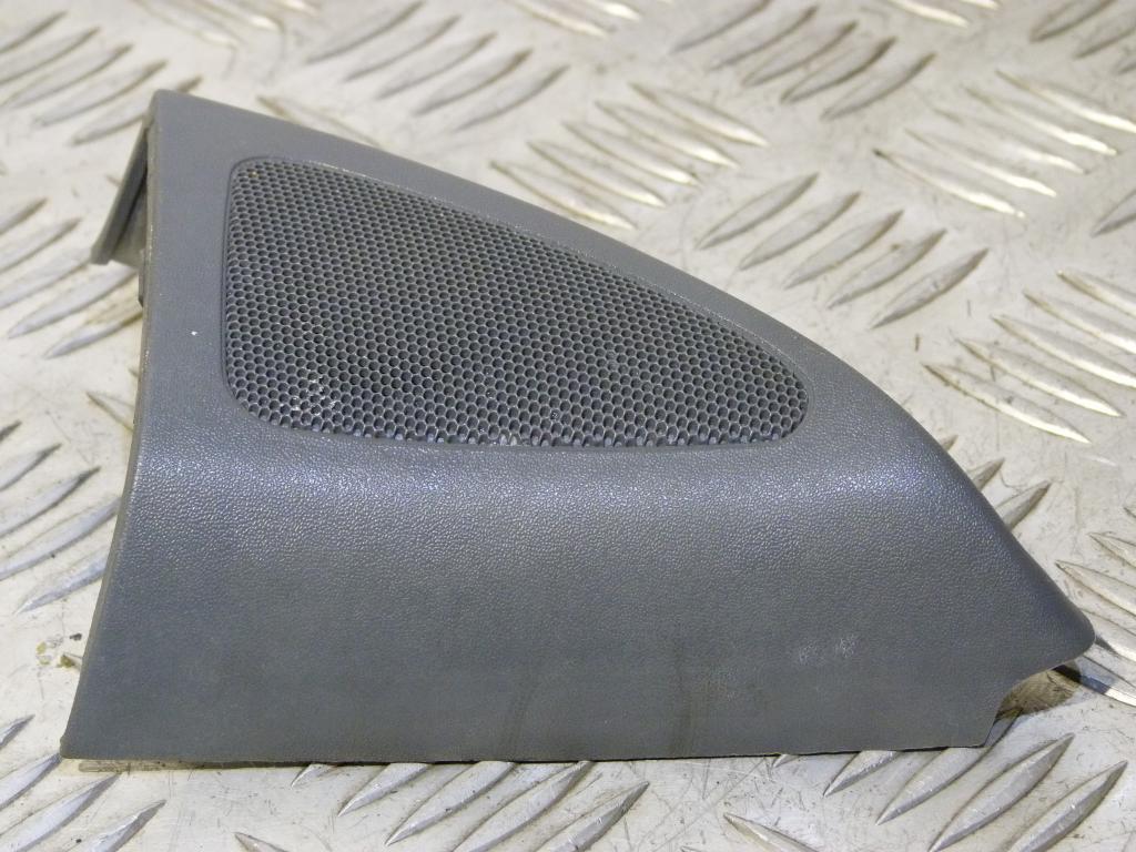 Reproduktor + kryt spätného zrkadla predný pravý Škoda Octavia I r.v. 1996-2010 1u0837994, 1h4035411 (Reproduktory)