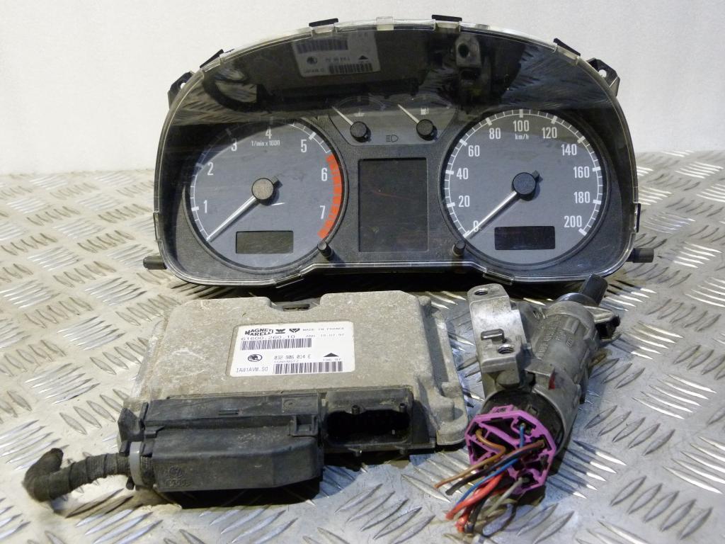 Riadiaca jednotka 032906014e (komplet do štartu), prístrojová doska 1u1919033l, spínacia skrinka 4b0905851c  Škoda Octavia I 1,6B 55kW kód motora AEE r.v. 1996-2000