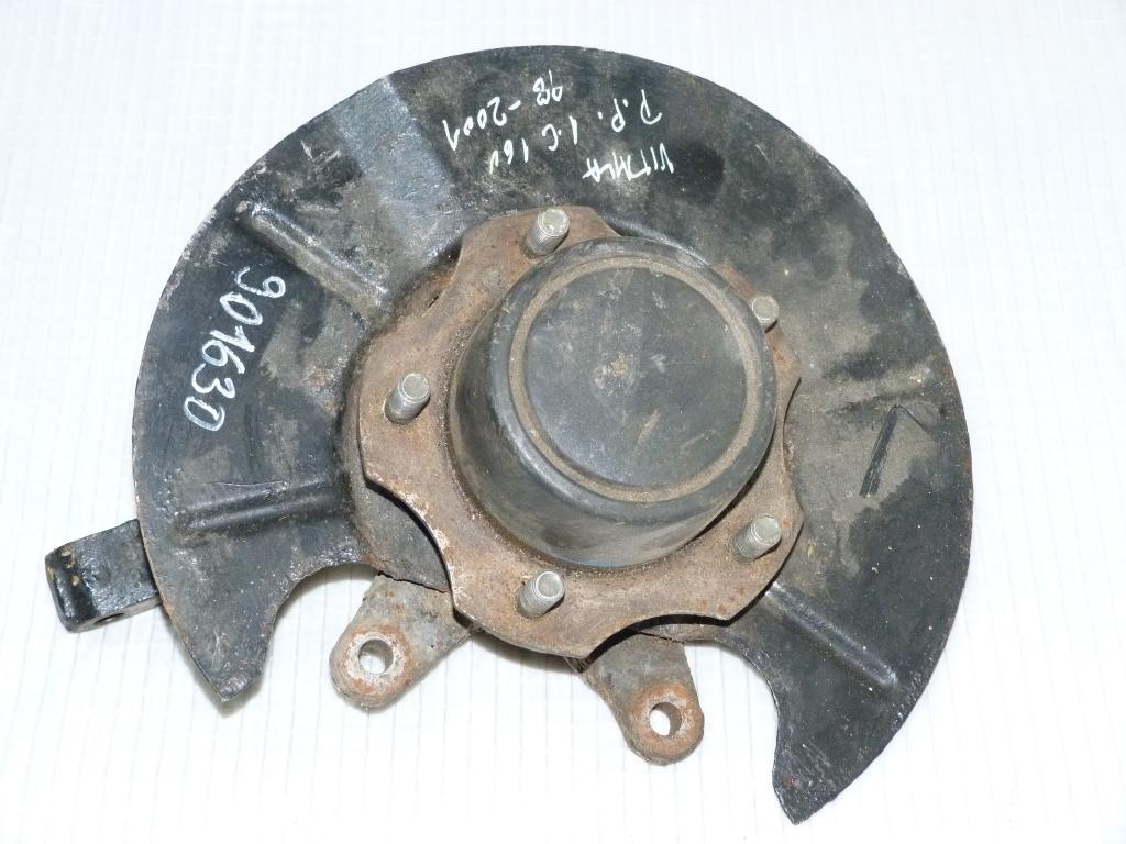Náboj (otoč) predná pravá Suzuki Vitara 1.6 16V r.v. 1998-2001