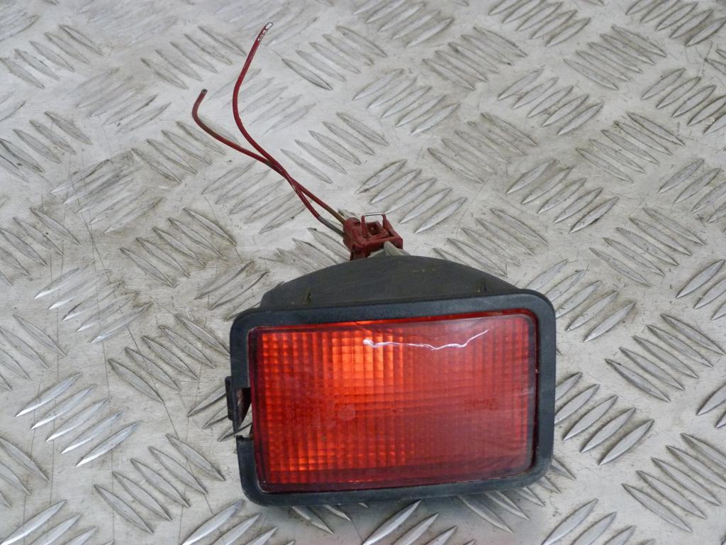 Hmlové svetlo zadné VW Transportér T4 701945729 (poškodená)