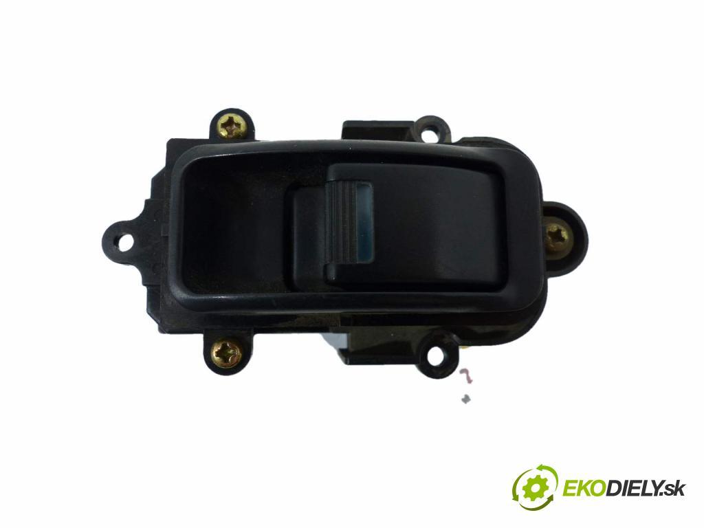Honda Legend 3.5 V6 205hp  151 kW 3500 cm3  Prepínač