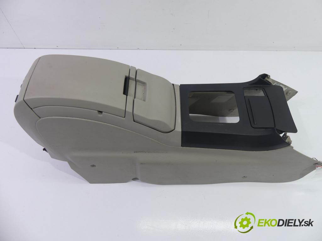Chrysler Pacifica 3.5 V6  186 kW 3500 cm3  Lakťová opierka  (Lakťové opierky)
