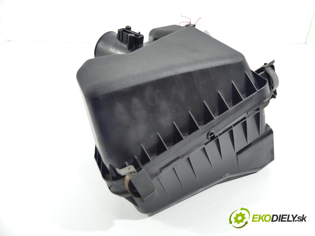 Toyota Auris II 2012-2018 1.4 D4D 90 hp  66 kW 1400 cm3  obal filtra vzduchu  (Kryty filtrů)