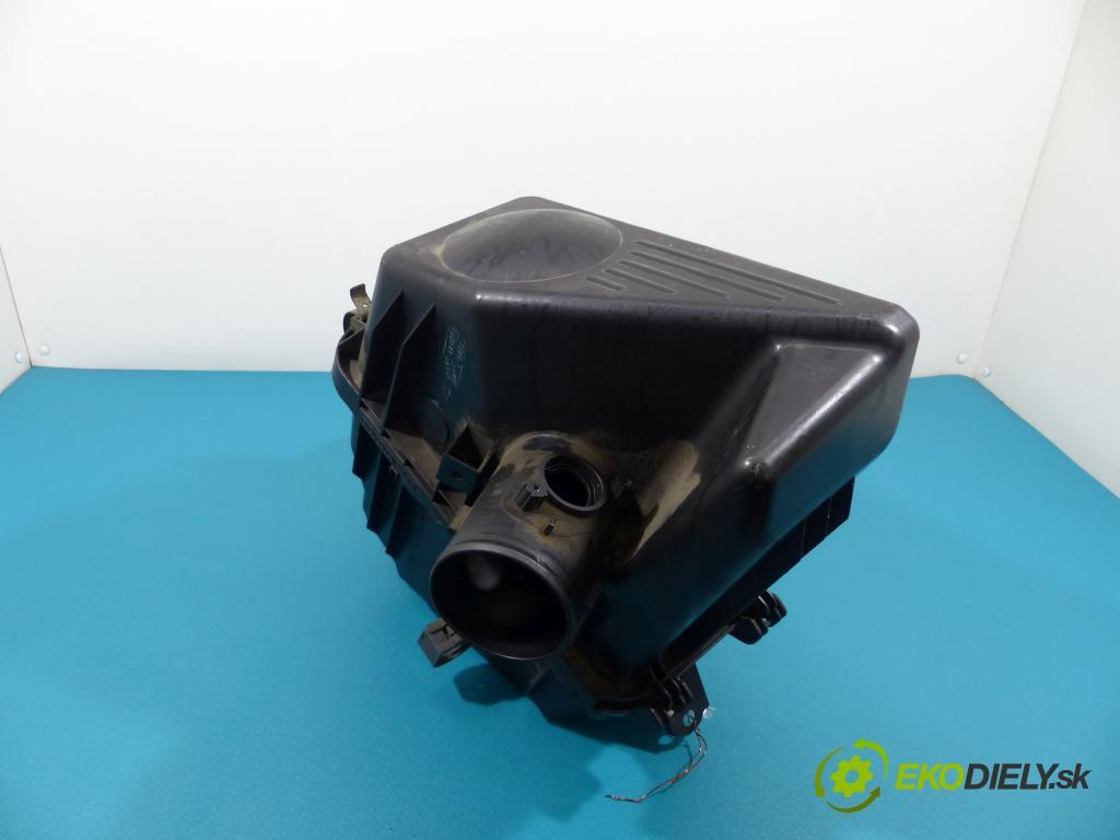 Toyota Avensis Verso 2.0 VVTI 150 hp manual 110 kW 1998 cm3  obal filtra vzduchu 17701-28100 (Kryty filtrů)