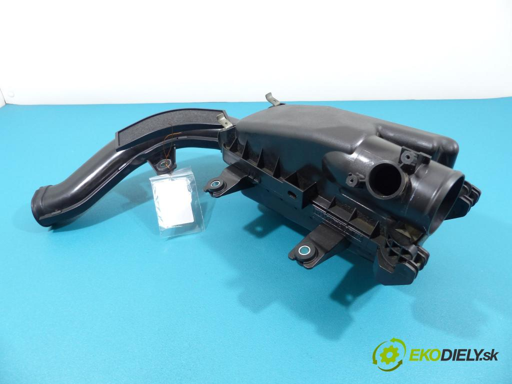 Toyota Urban Cruiser 1.3 16V vvt-i 101 hp manual 74 kW 1329 cm3  obal filtra vzduchu 014140-1270 (Kryty filtrů)