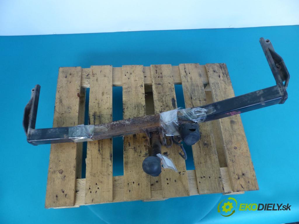Seat Cordoba I 1993-2002 1.4 8V - 60 HP manual 44 kW 1390 cm3  Hák ťažné zariadenie  (Ťažné zariadenia)