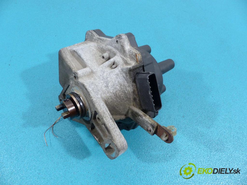 Honda Civic VI 1995-2001 1.5 16V - 90 HP manual 66 kW 1540 cm3  Rozdeľovač - D4T74-04 (Rozdeľovače)