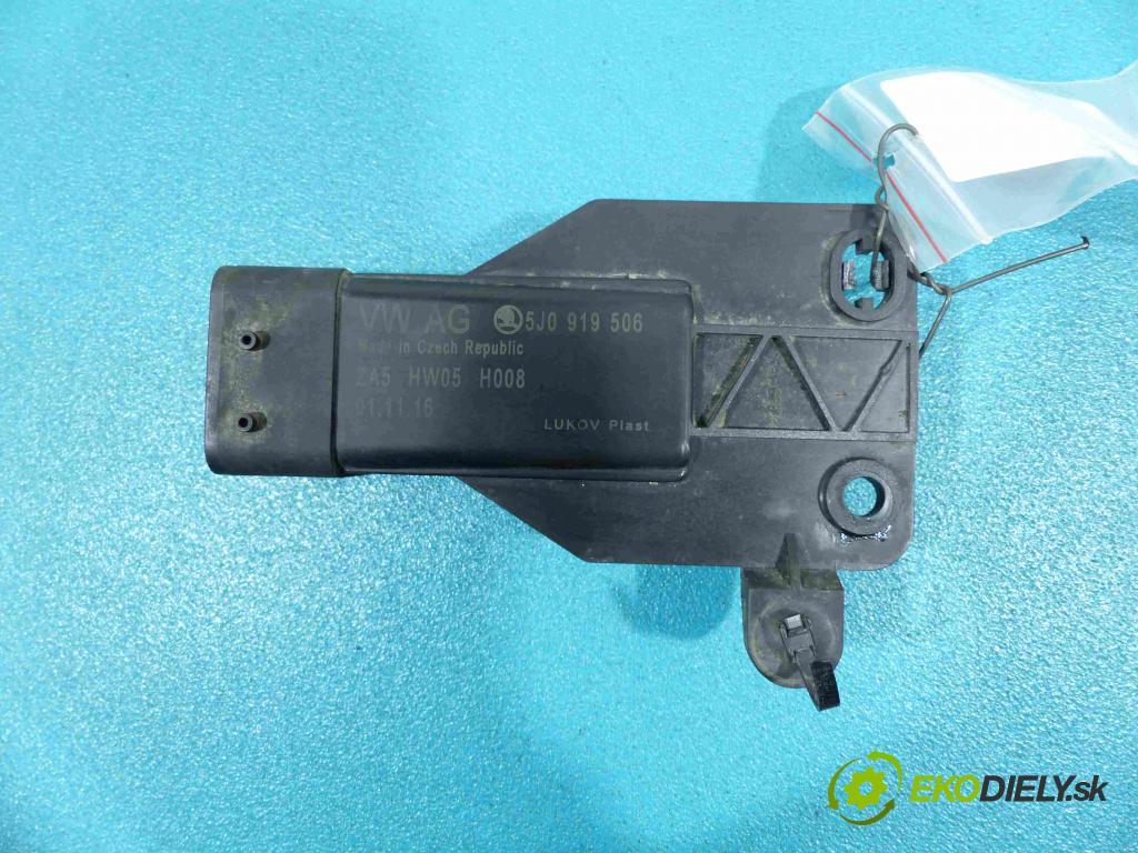 Skoda Fabia III 2014- 1.0B 75 HP manual 55 kW 999 cm3  relé 5J0919506 (Relé)