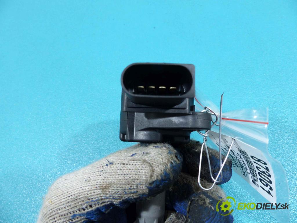 Mercedes CLS C219 2004-2010 3.5 V6 272 HP automatic 200 kW 3493 cm3  Cievka zapaľovacia GN10235 (Zapaľovacie cievky, moduly)