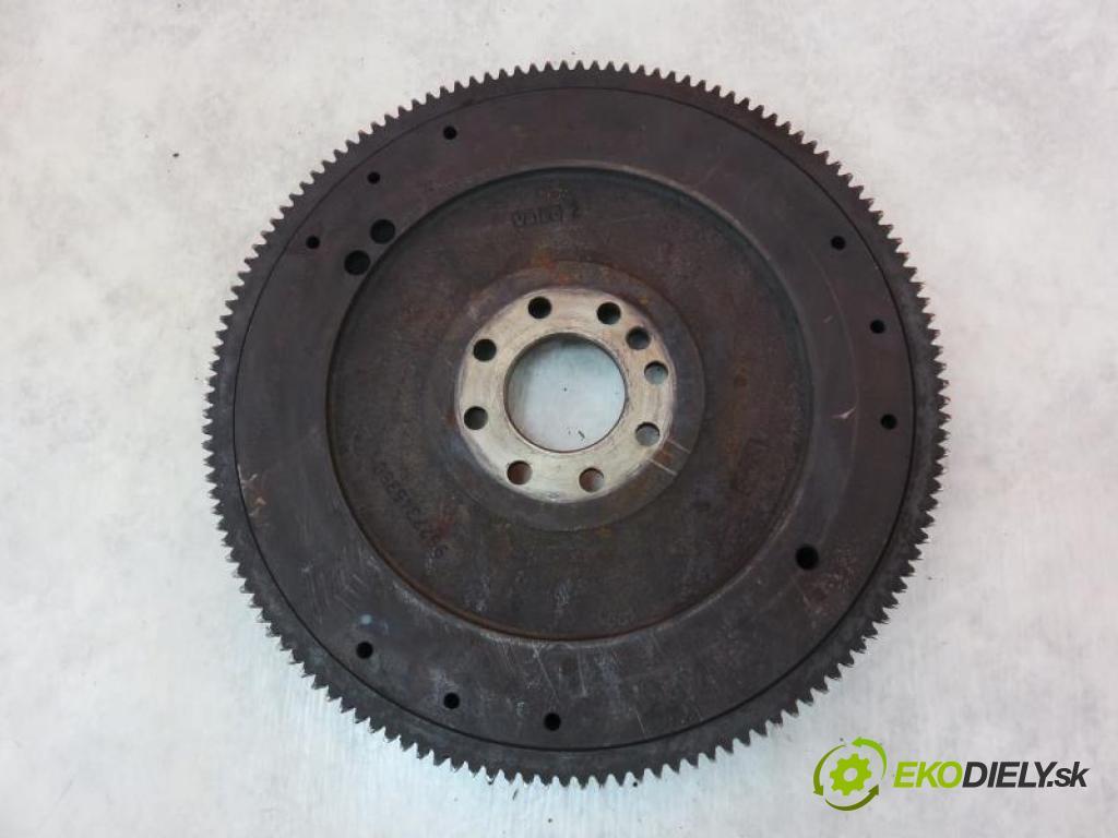PEUGEOT 406 1.9 TD DHX (XUD9TE) manual 5 - stupňová 66 kW 90 km  řemenice setrvačníkové 9627345380