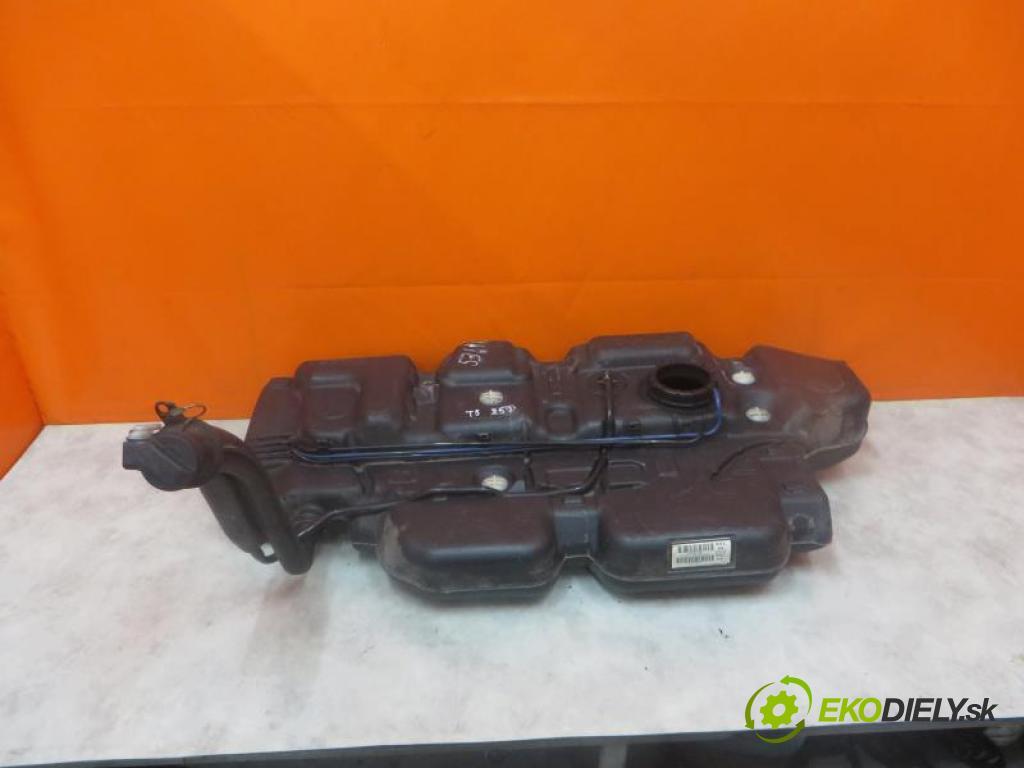 VW TRANSPORTER T5 2.5 TDI 4X4 AXD, BNZ manual 6 - stupňová 96 kW 130 km  Nádržka paliva diesel 7H0201021AS (Nádrže)
