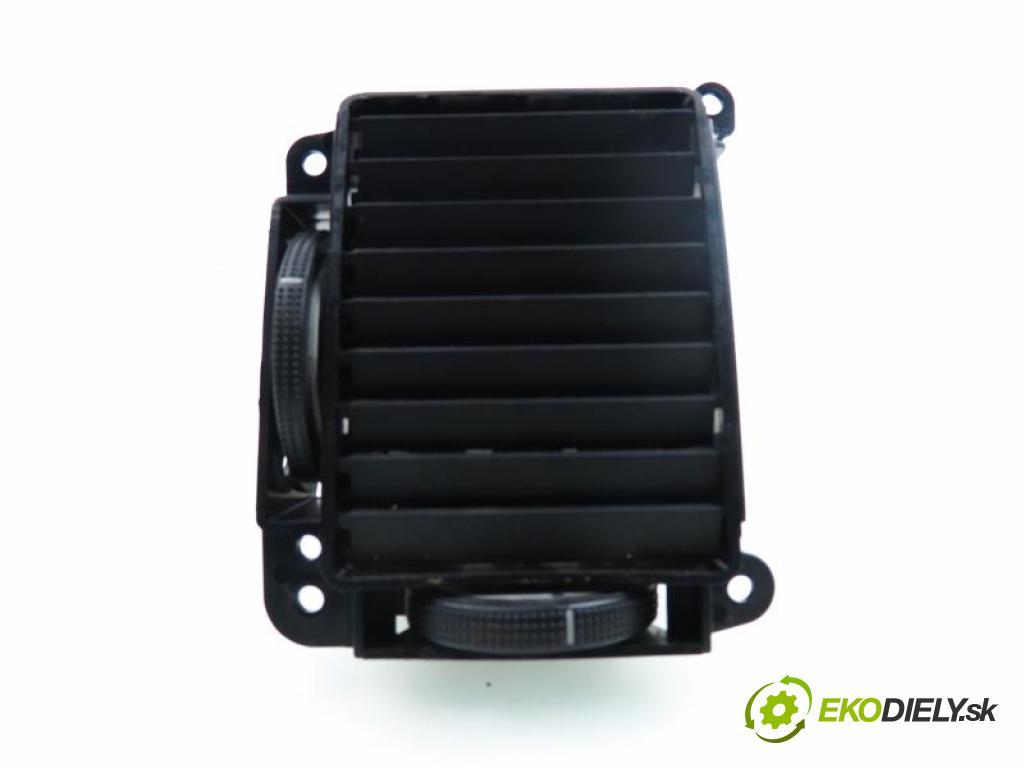 HYUNDAI GETZ 1.1 G4HD manual 5 stupňová 46 kW 63 km  Mriežky kúrenia ľavá strana  (Mriežky kúrenia (fukáre))