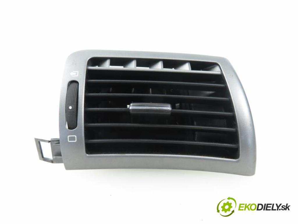 PEUGEOT 407 2.0 HDI RHR (DW10BTED4) automatic 5 stupňová 103 kW 140 km  Mriežky kúrenia pravá 9644589377 (Mriežky kúrenia (fukáre))