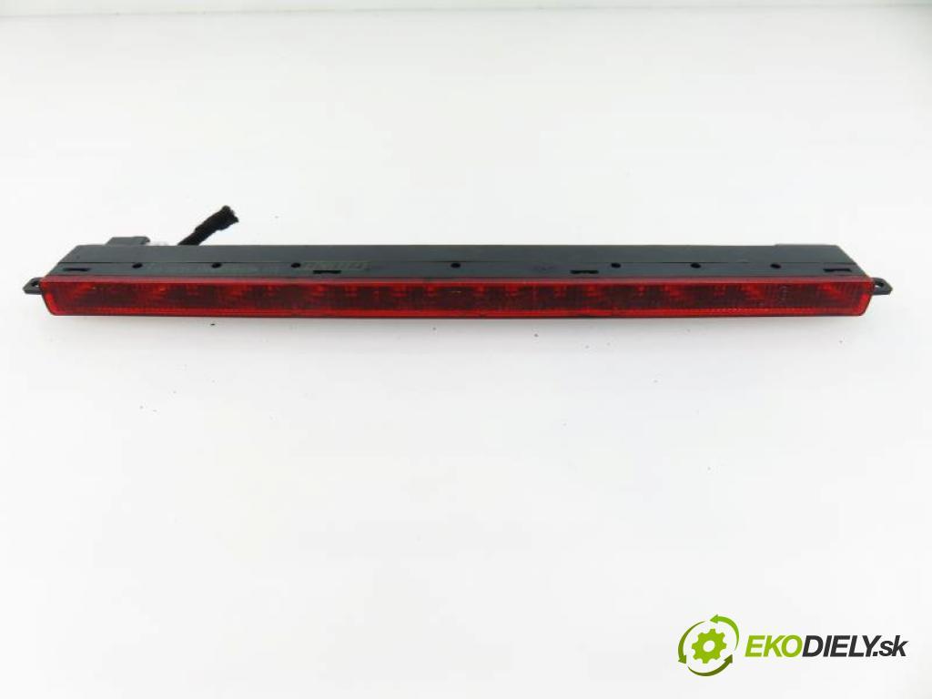 FIAT MULTIPLA I FL 1.9 JTD 110 186A.6000 manual 5 stupňová 85 kW 110 km  svetlo bŕzd 467946430B318 (Brzdové svetlá zadné (horné))