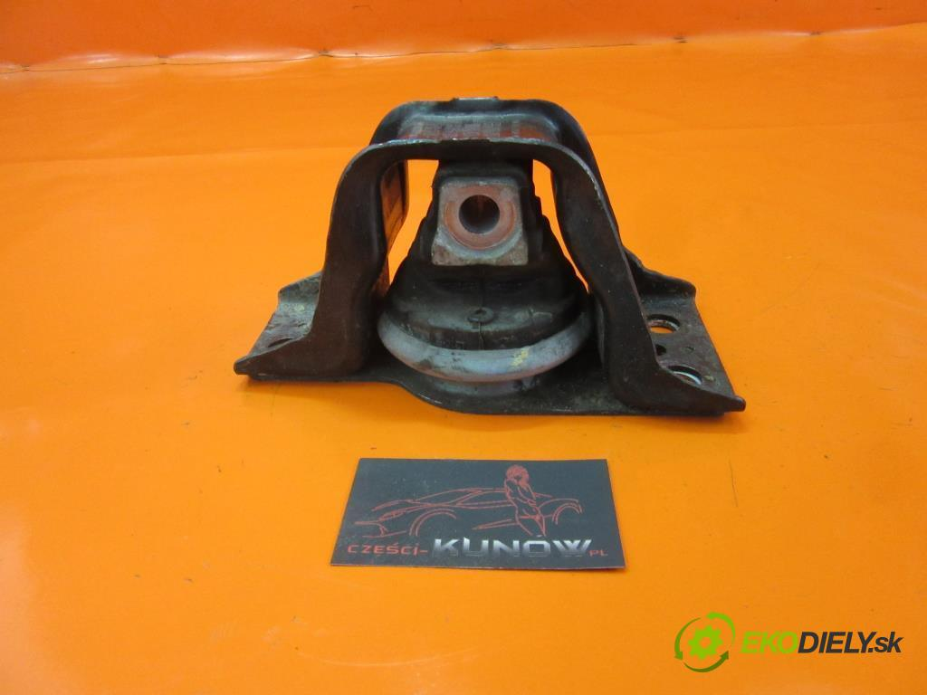 RENAULT MODUS / GRAND MODUS 1.5 DCI (FP0D, JP0D) K9K 750   60 kW 82 km  AirBag Motor 8200131305 (Držiaky motora)
