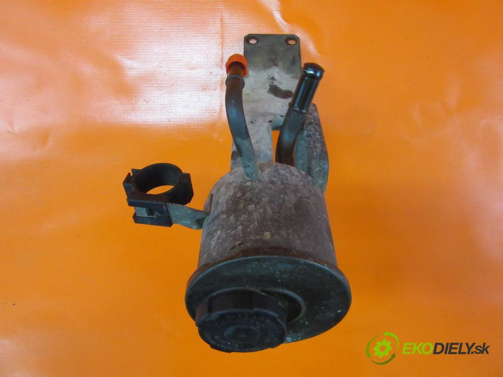 NISSAN TERRANO I (WD21) 2.7 TD 4WD TD27T   73 kW 99 km  nádržka servočerpadlo  (Zbiorniki płynu wspomagania)