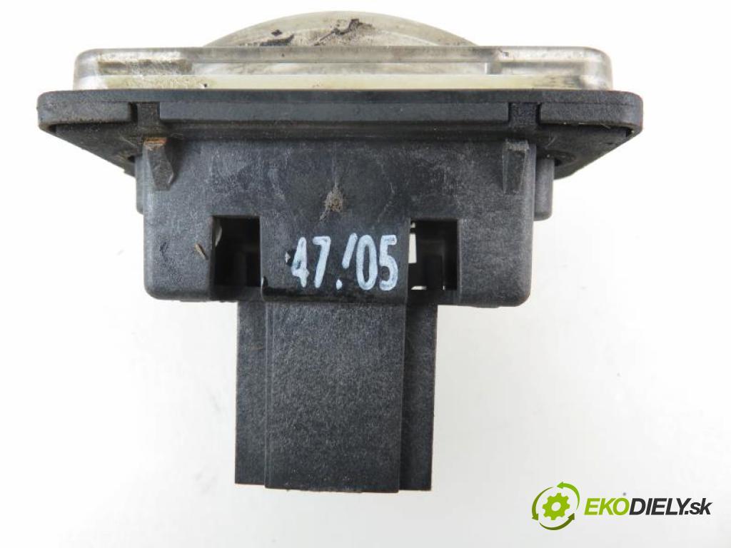 MERCEDES BENZ E W211 E 220 CDI (211.006) OM 646.961 automatic 5 stupňová 110 kW 150 km  svetlo SPŽ - A2118200756 (Osvetlenie SPŽ)