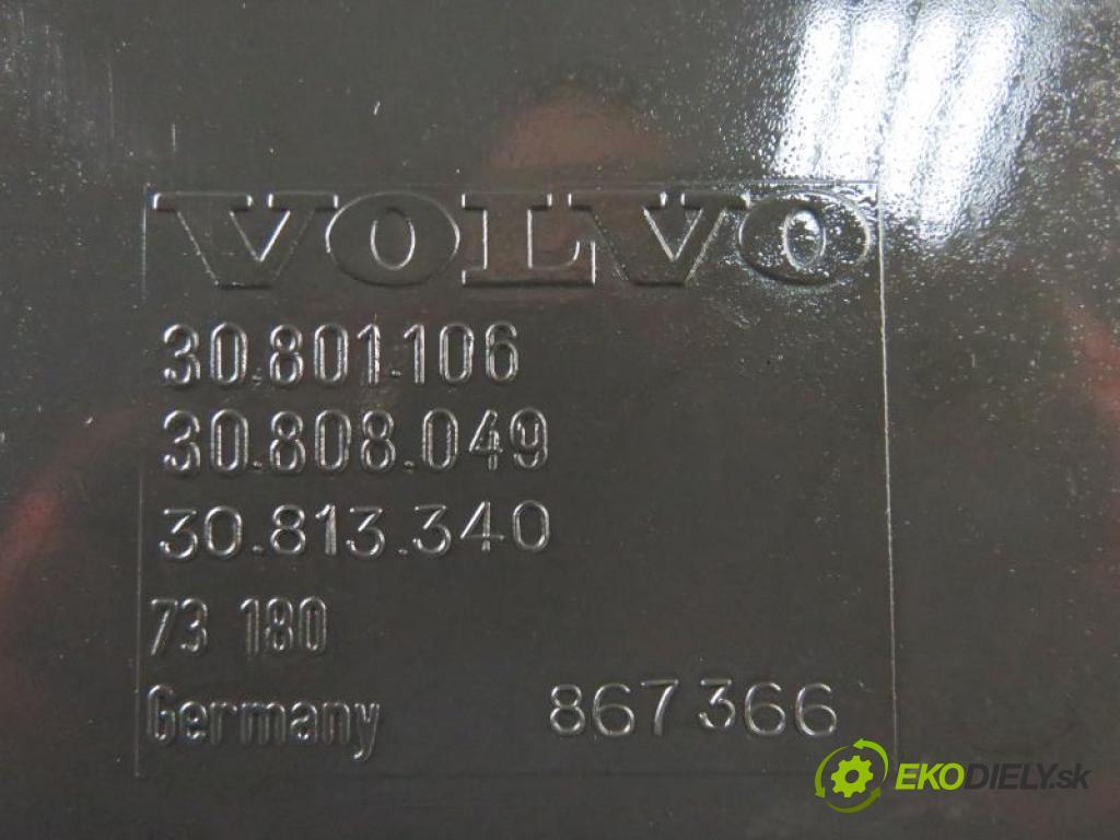 VOLVO V40 FL 1.9 DI  T3 D4192T3 manual 5 stupňová 85 kW 115 km  Priehradka, kastlík 30801106/30808049 (Priehradky, kastlíky)