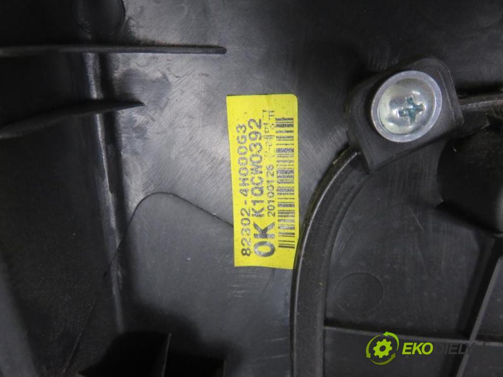 HYUNDAI H1 II    TQ 2.5 CRDI D4CB manual 5 stupňová 81 kW 110 km  čalúnenie Dvere PP 823024H000G3 (Dvere)