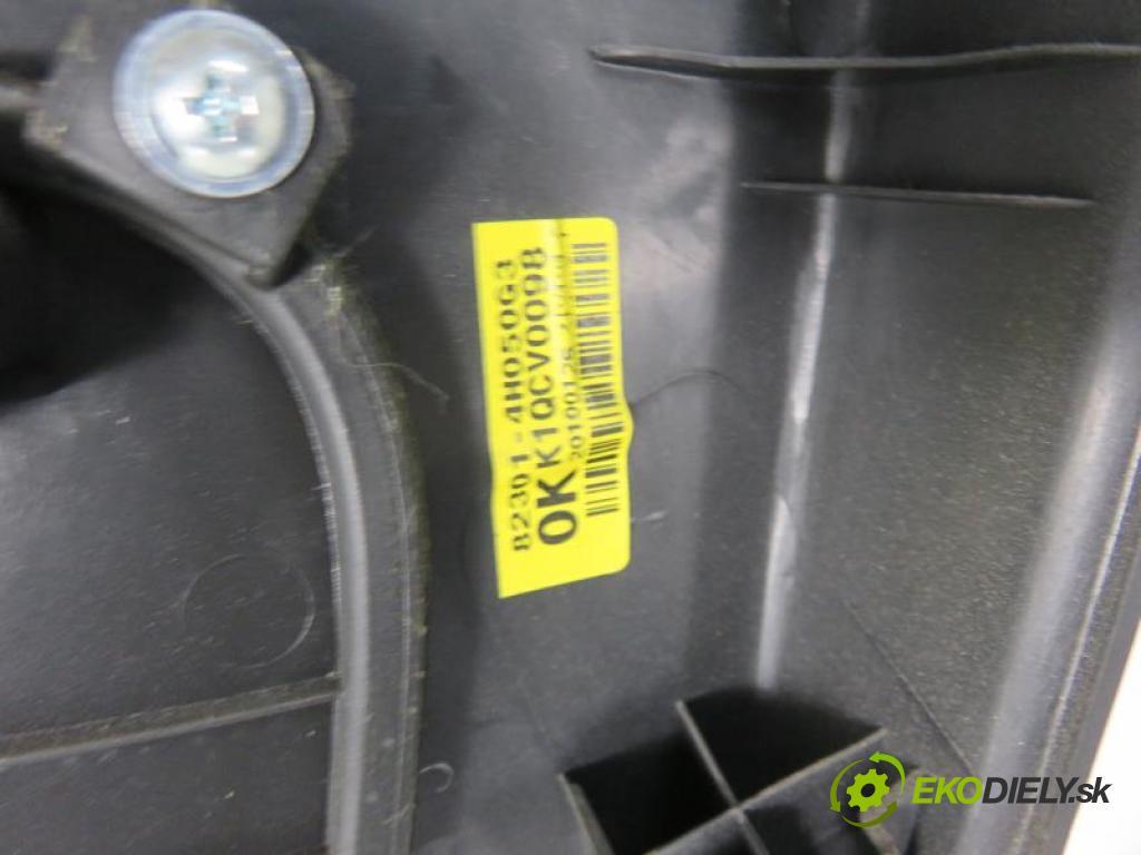 HYUNDAI H1 II    TQ 2.5 CRDI D4CB manual 5 stupňová 81 kW 110 km  čalúnenie Dvere LP 823014H050G3 (Dvere)