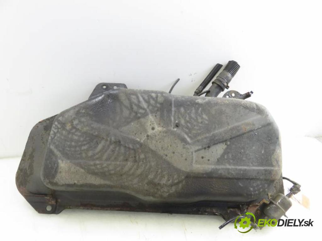 FIAT SIENA 1.2 178 B5.000 manual 5 stupňová 54 kW 73 km  Nádržka paliva benzín  (Nádrže)
