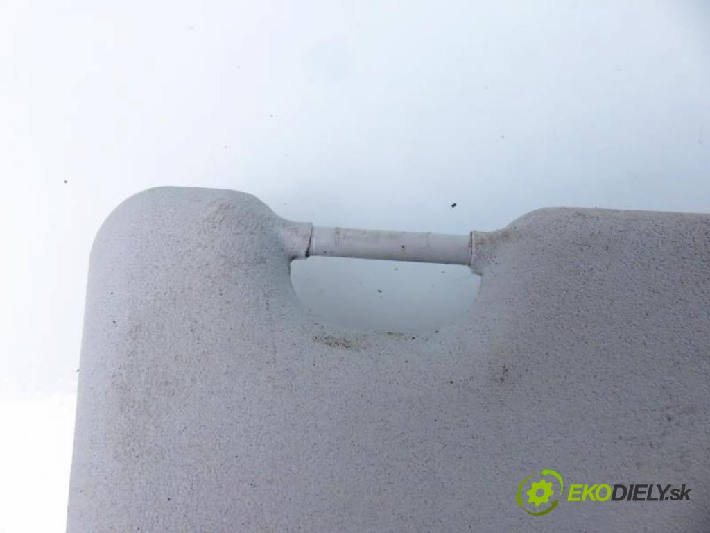 FORD FIESTA MK7 VII 1.4 TDCI KVJA, F6JD manual 5 stupňová 51 kW 70 km  kryty protislnečné  (Slnečné clony)