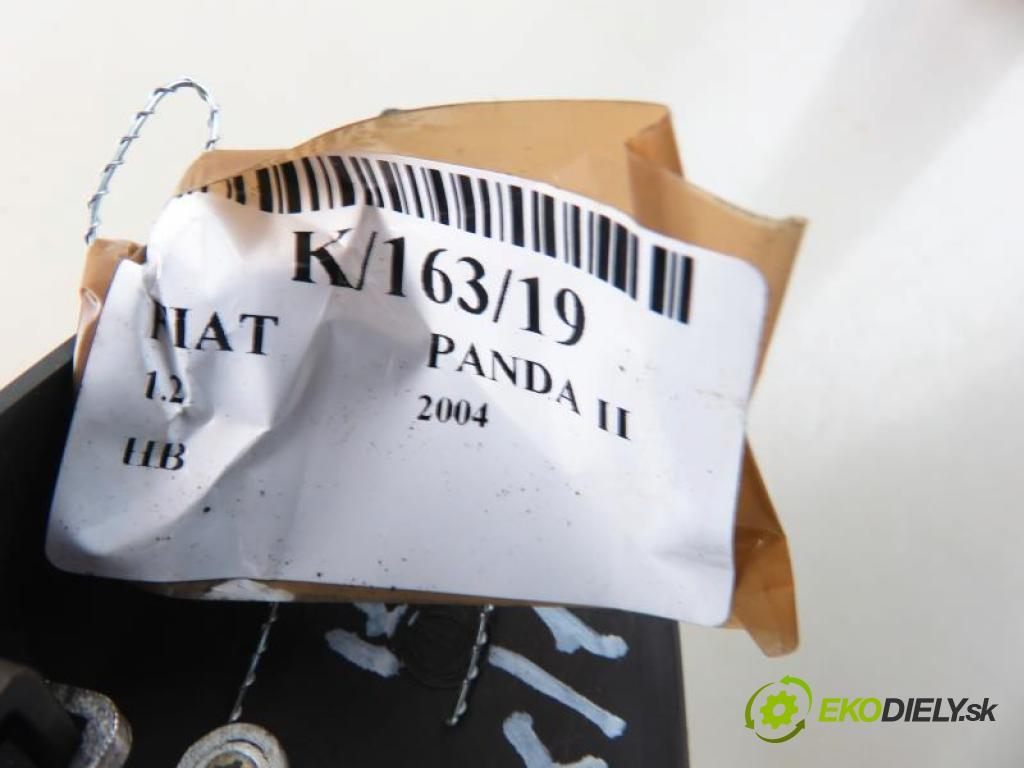 FIAT PANDA II 1.2 188 A4.000 manual 5 stupňová 44 kW 60 km  svetlo bŕzd 0333700/735297481/0333701 (Brzdové svetlá zadné (horné))