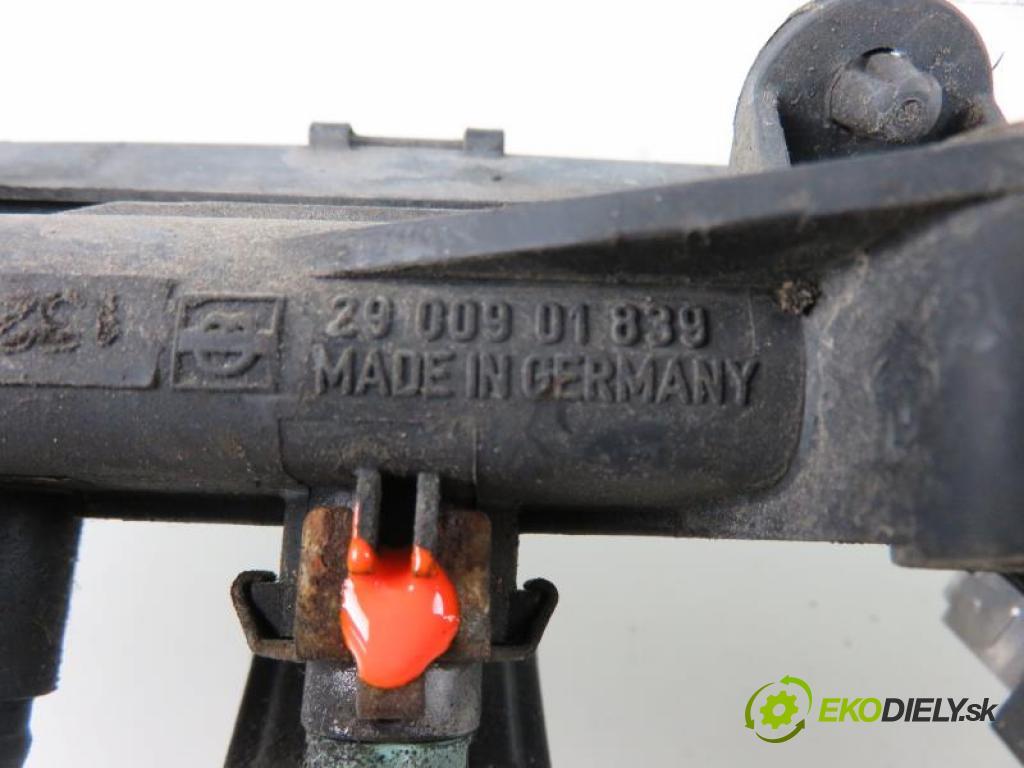 VW POLO CLASSIC II (6KV) 1.6 AEE, ALM manual 5 stupňová 55 kW 75 km  Lišta vstrekovacia 032133319A/2900901839 (PALIVOVÝ SYSTÉM)