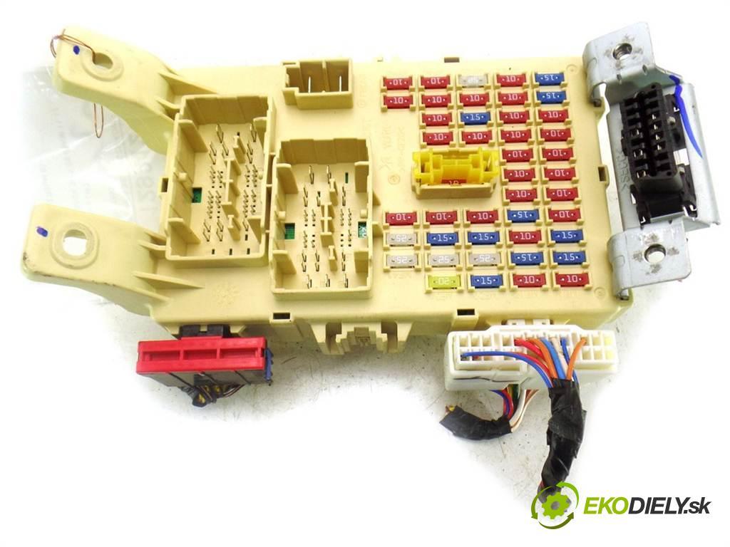 Kia Picanto II LIFT    HATCHBACK 3D 1.0B 69KM 11-17  skříňka poistková 91950-1Y555 (Pojistkové skříňky)