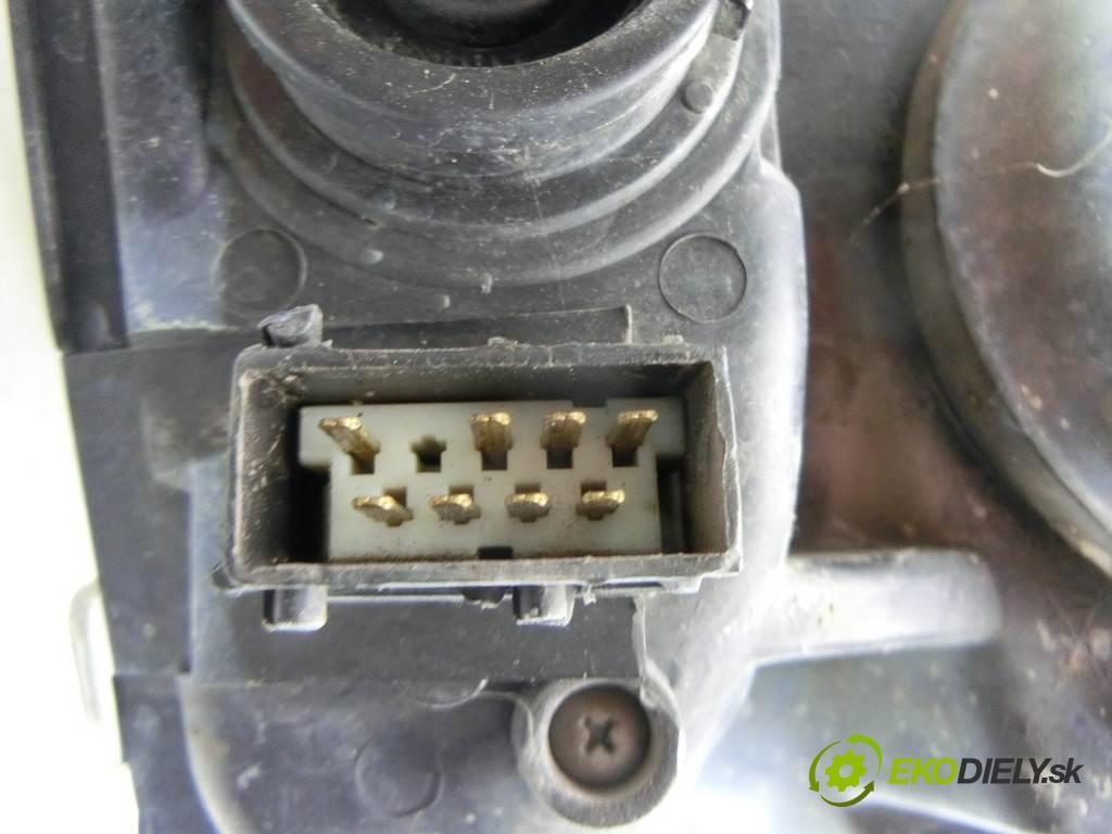 Citroen C2  2006  VTR LIFT 1.1B 60KM 05-09 1100 Svetlomet pravy  (Pravé)