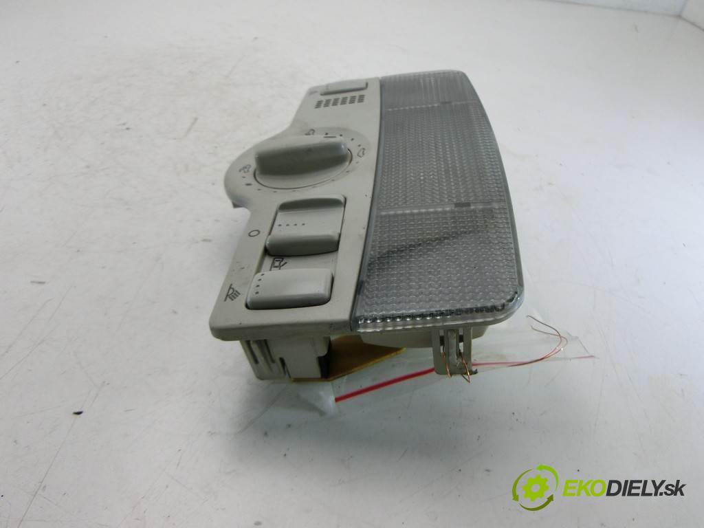Volkswagen Bora  2001  SEDAN 4D 1.9TDI 130KM 98-05 1900 svetlo stropné 1J0947105 (Osvetlenie interiéru)