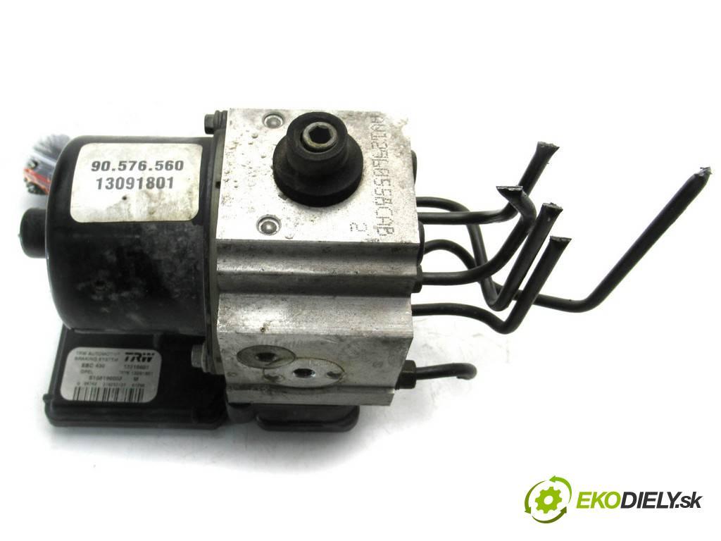 Opel Vectra B LIFT  2001  SEDAN 4D 2.0DTI 101KM 99-02 2000 Pumpa ABS 13091801 13216601 (Pumpy ABS)