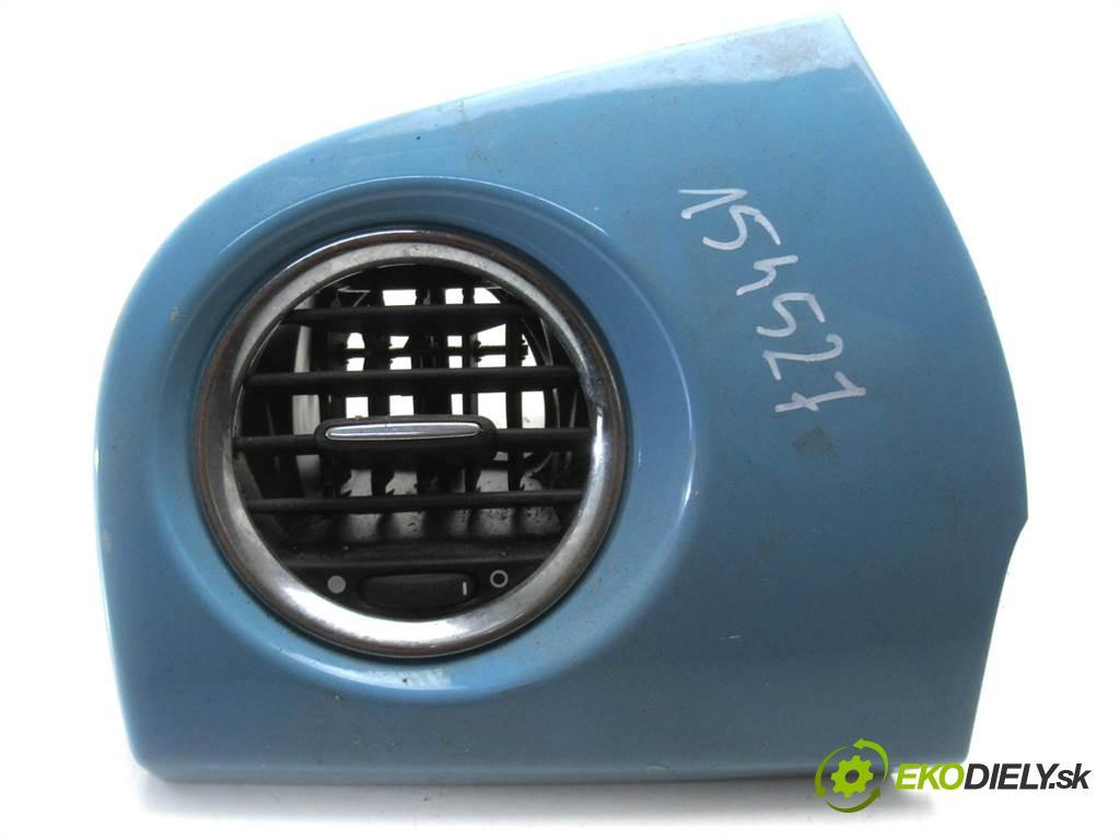 Fiat 500    1.4B Multiair 140KM 07-  Mriežky kúrenia ľavá strana  (Mriežky kúrenia (fukáre))