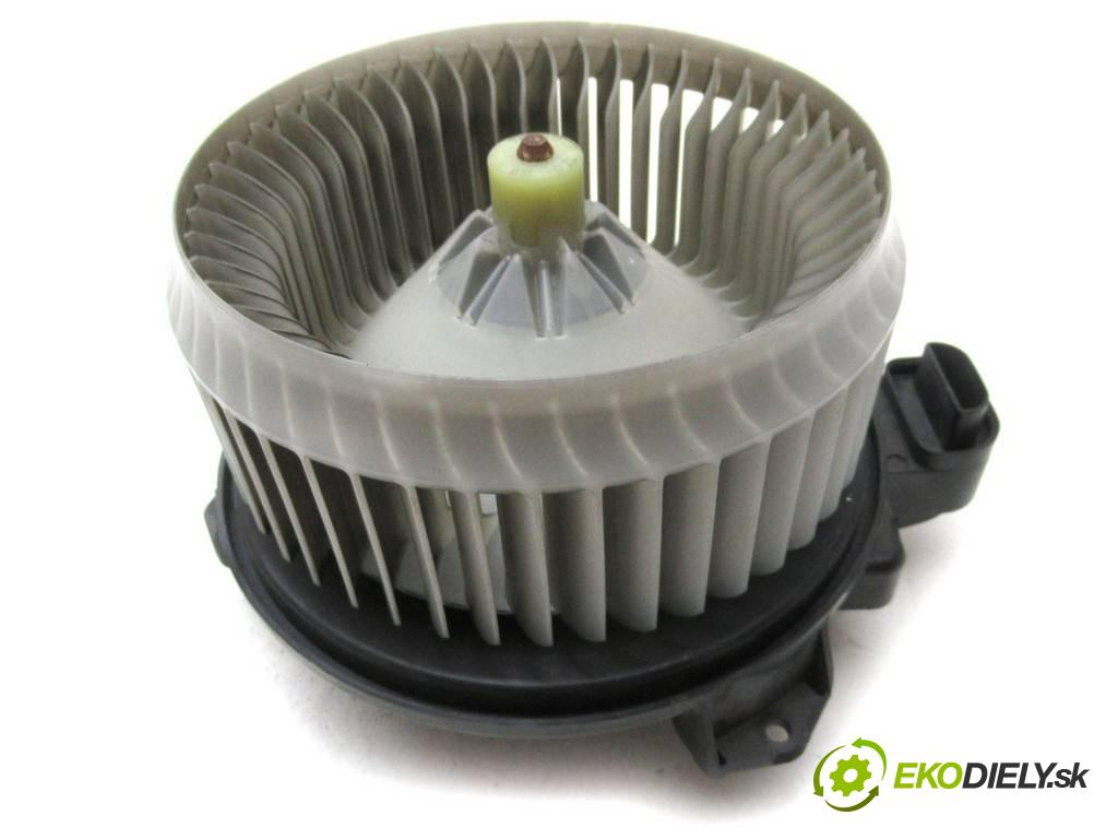 Toyota Avalon  2007  X3 USA SEDAN 4D 3.5B 272KM 05-08 3500 Ventilátor ventilátor kúrenia 272700-8001 (Ventilátory kúrenia)