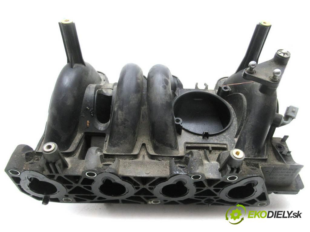 Dacia Sandero  2009 55kW 1.4B 75KM 08-12 1400 Potrubie sacie, sanie 8200647804 (Sacie potrubia)