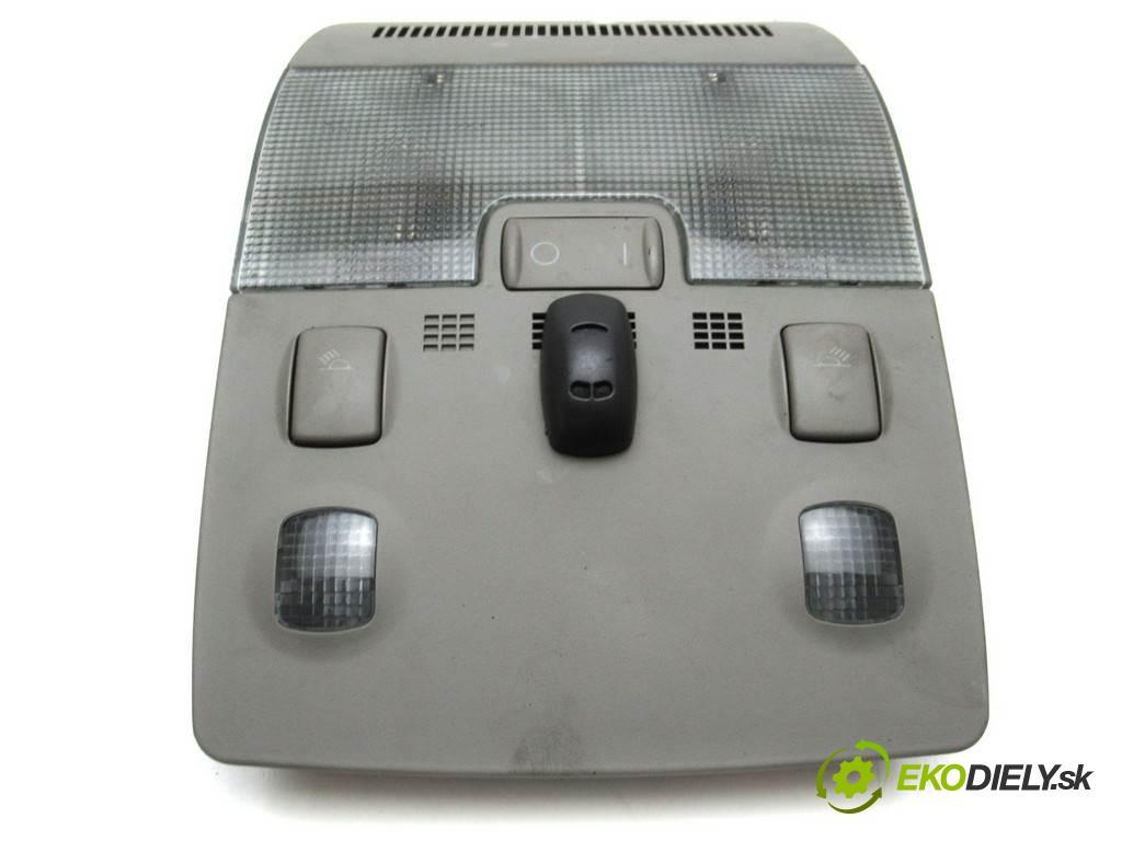 Audi A4 B6  2001  SEDAN 4D 1.9TDI 130KM 00-04 1900 svetlo stropné 8E0947135A (Osvetlenie interiéru)