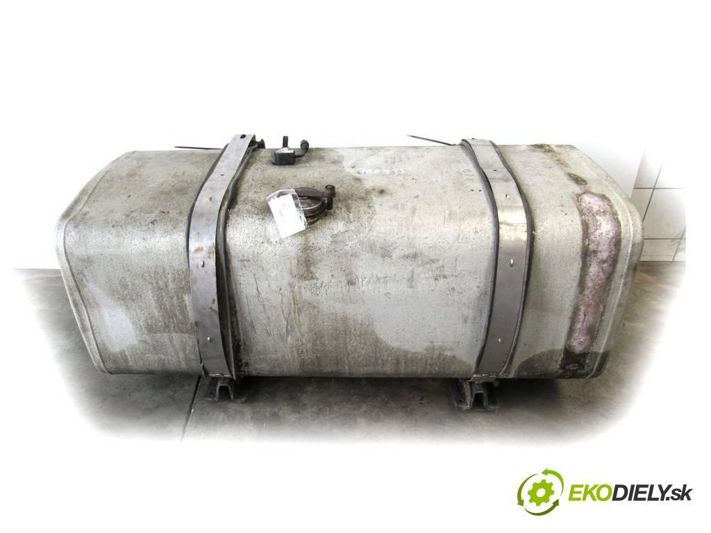 Man TGA    18.430  nádržka paliva  (Nádrže)