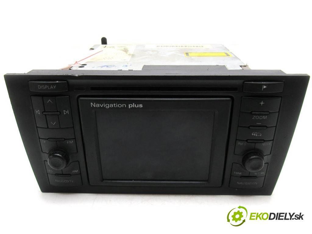 Audi A6 C5  2002  SEDAN 4D 2.4B 170KM 97-04 2400 RADIO Navigácia 4B0035192M (Audio zariadenia)