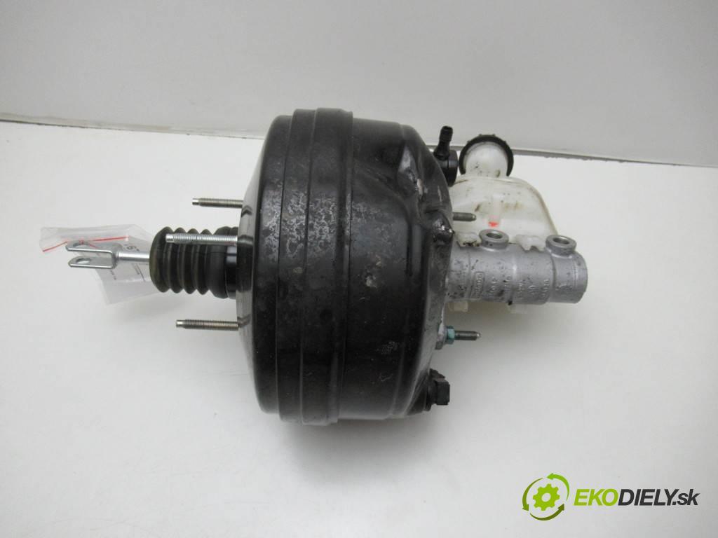 Ford Mustang VI    GT CABRIO 5.0B V8 421KM 14-  posilovač pumpa brzdová fr3c-2b195-gk (Posilovače brzd)