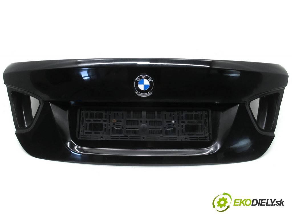 BMW E90  2008  SEDAN 4D 2.0i 170KM 04-11 2000 zadná kapota  (Zadné kapoty)