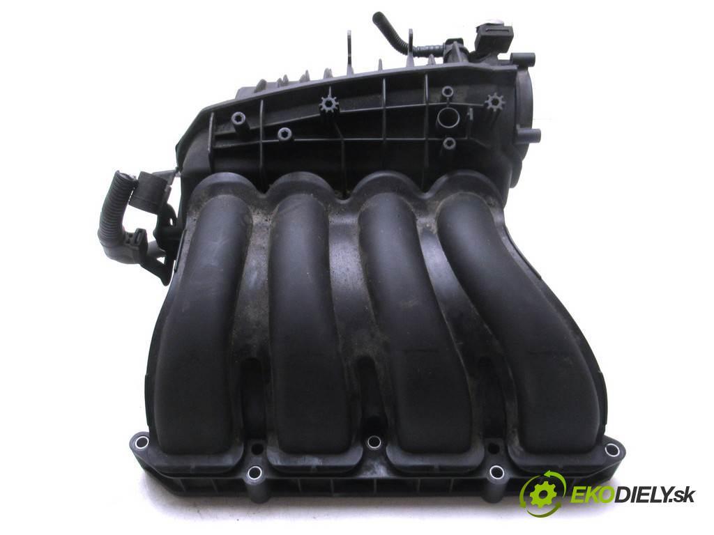BMW E90    SEDAN 4D 2.0i 170KM 04-11  Potrubie sacie, sanie  (Sacie potrubia)