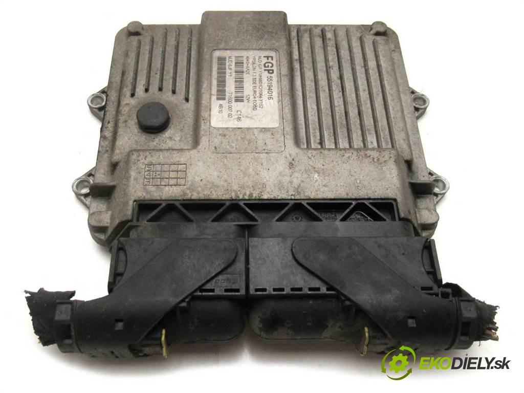 Lancia Ypsilon  2004 69km HATCHBACK 3D 1.3JTD 70KM 03-11 1300 riadiaca jednotka Motor 55194016 (Riadiace jednotky)